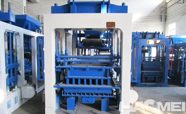 Concrete block maker factory