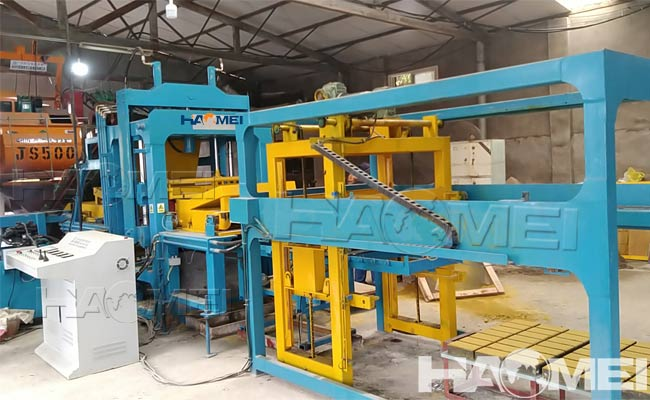 interlocking pavers making machine